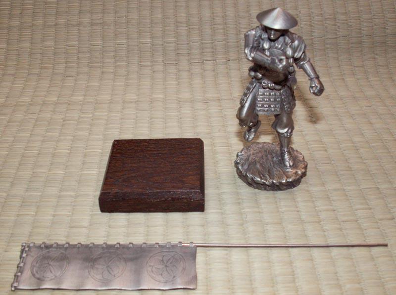Figurka Samuraj z Sashimono - Les Etains Du Graal