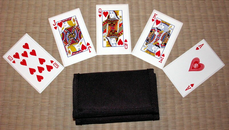 ``Royal Flush`` - SS card throwers, red